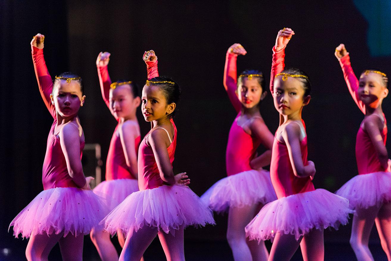 Crestar School of Dance - Alice in Wonderland